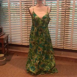 EUC Garnet Hill Dress 🌻